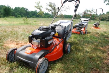 Great lawnmowers for medium sized yards